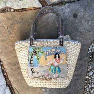 NWOT Aloha Straw Appliqué Embroidered Tote